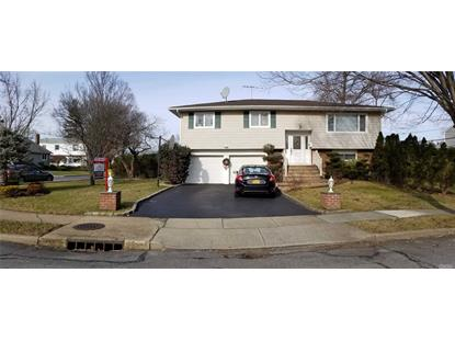 15 Brook Path, Plainview, NY