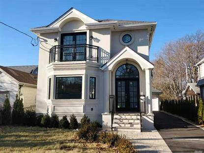68A Forest Row, Great Neck, NY