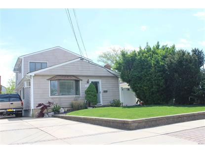 128 S Coolidge Ave Amity Harbor, NY MLS# 3200352