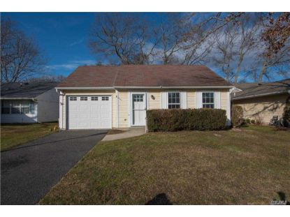 344 Edinburgh Dr Ridge, NY MLS# 3281422