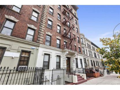 3692 Broadway Avenue