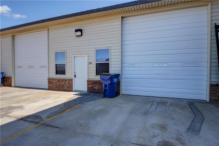 1125 W State Highway 152, Mustang, OK 73064