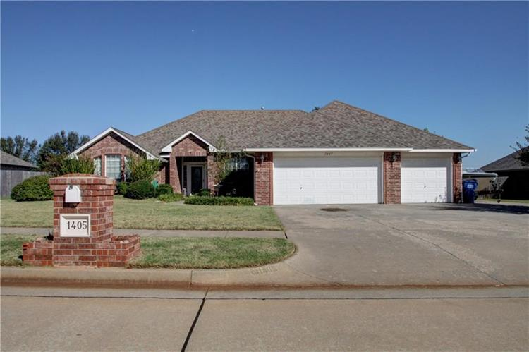 1405 Continental Way, Mustang, OK 73064