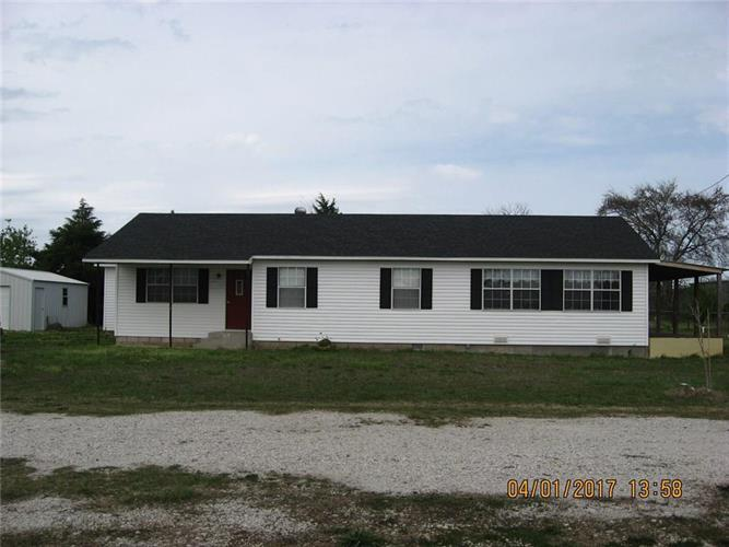 1606 W 8th, Prague, OK 74864
