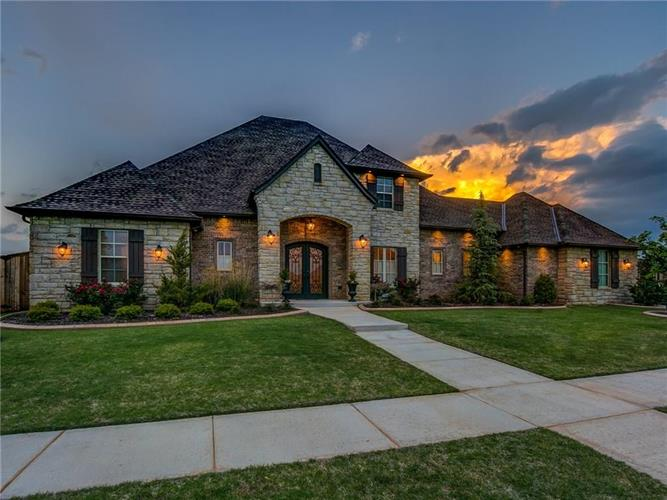 4701 Fountain View, Norman, OK 73072
