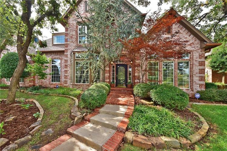 917 Fox Lake Lane, Edmond, OK 73034