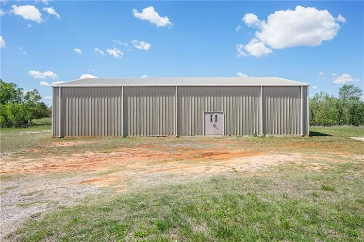 4303 S Triple X Road, Choctaw, OK 73020