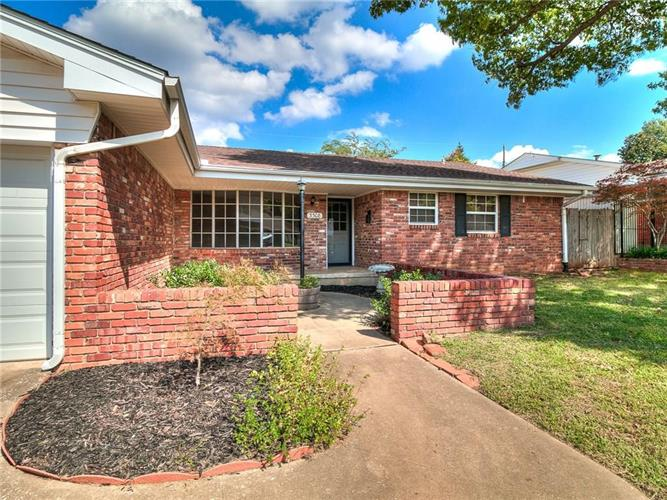 3308 N Glenvalley Drive, Midwest City, OK 73110