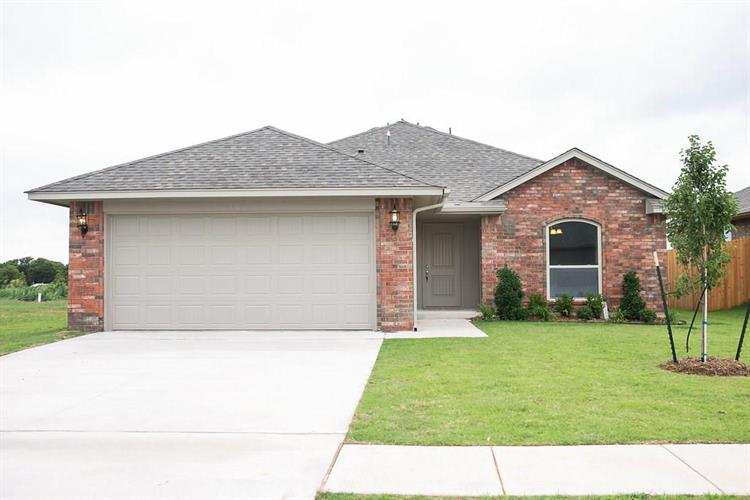 2408 Snapper Lane, Midwest City, OK 73130
