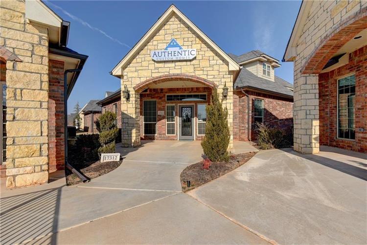 Commercial Rental Property Edmond Ok