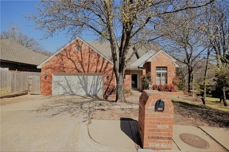1301 Knights Bridge Road, Edmond, OK 73034