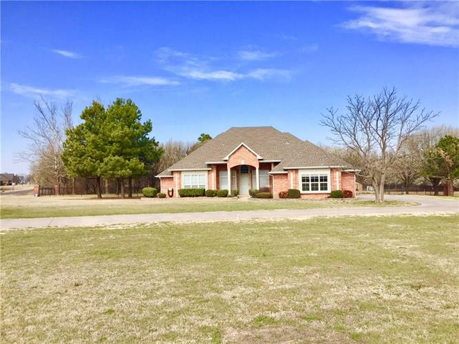 6 Edith Lane, Tuttle, OK 73089
