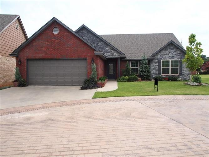 2303 W Troon, Shawnee, OK 74804 - Image 1