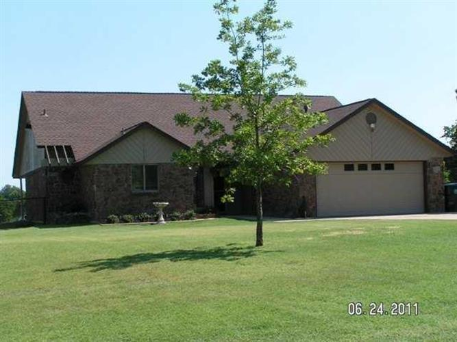 11280 Roefan Road, Midwest City, OK 73130