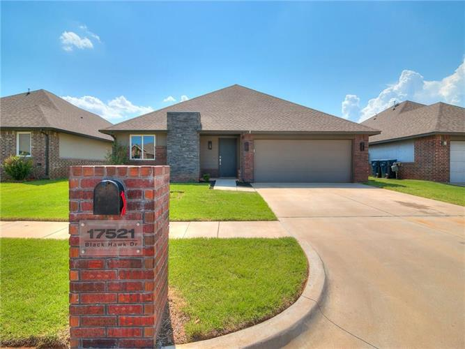 17521 Black Hawk Drive, Edmond, OK 73012