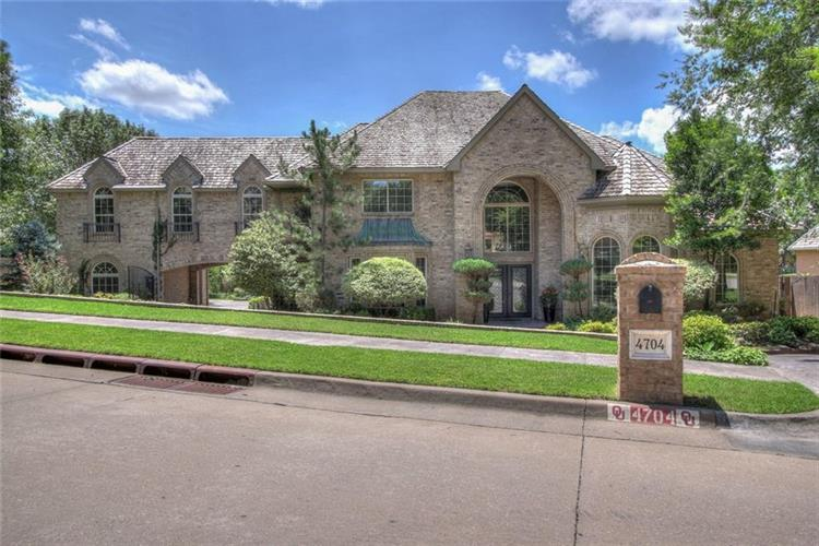 4704 W Manor Hill Drive, Norman, OK 73072