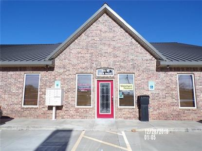 1125 W State Highway 152 , Mustang, OK