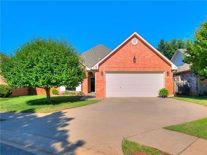 2716 Flagstone Lane Edmond, OK MLS# 870911