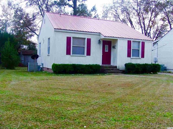 412 East Clay St., Whiteville, NC 28472