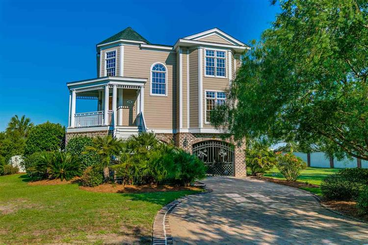 275 Berry Tree Lane, Pawleys Island, SC 29585
