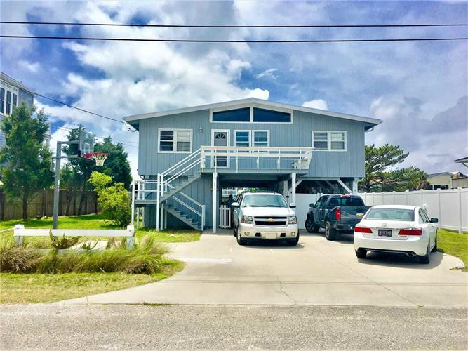 331 47th Ave. N, North Myrtle Beach, SC 29582