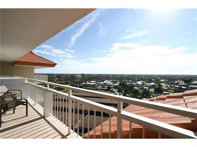 180 Seaview CT, Marco Island, FL 34145