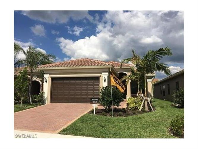 13628 Mandarin CIR, Naples, FL 34109