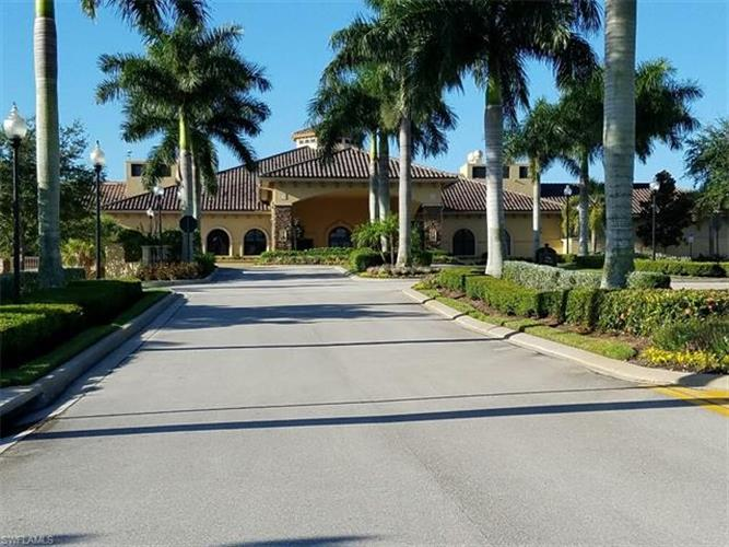 10307 Heritage Bay BLVD, Naples, FL 34120