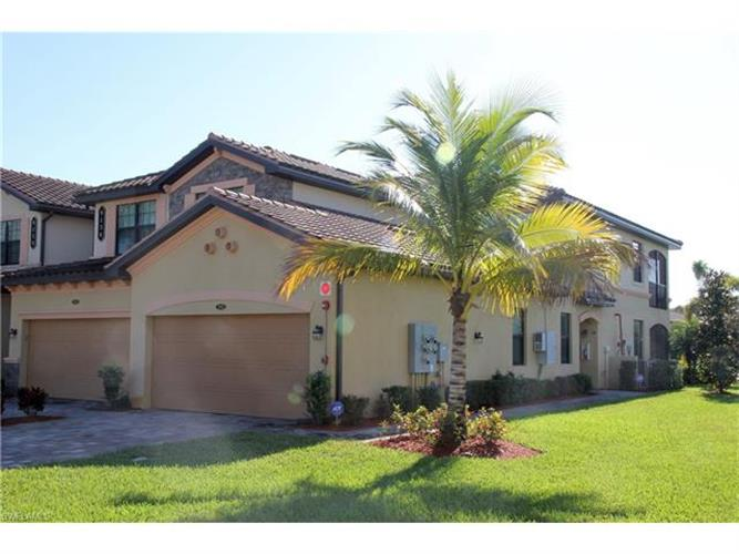 9130 Napoli CT, Naples, FL 34113