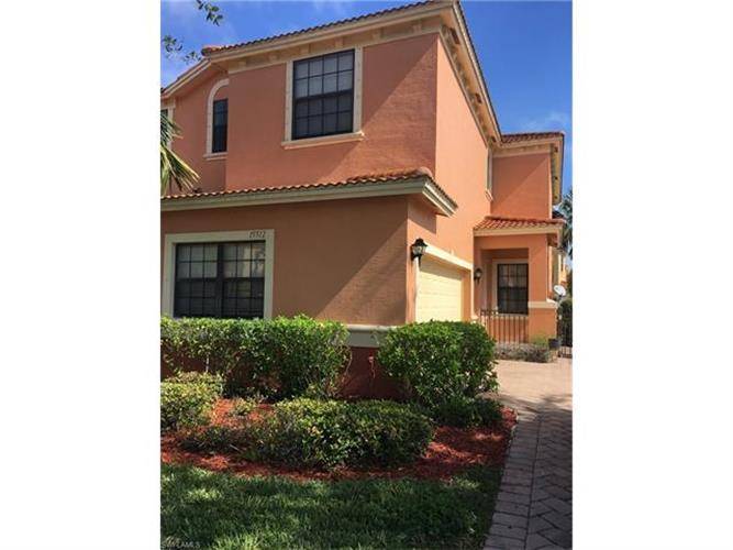 15512 Summit Place CIR, Naples, FL 34119