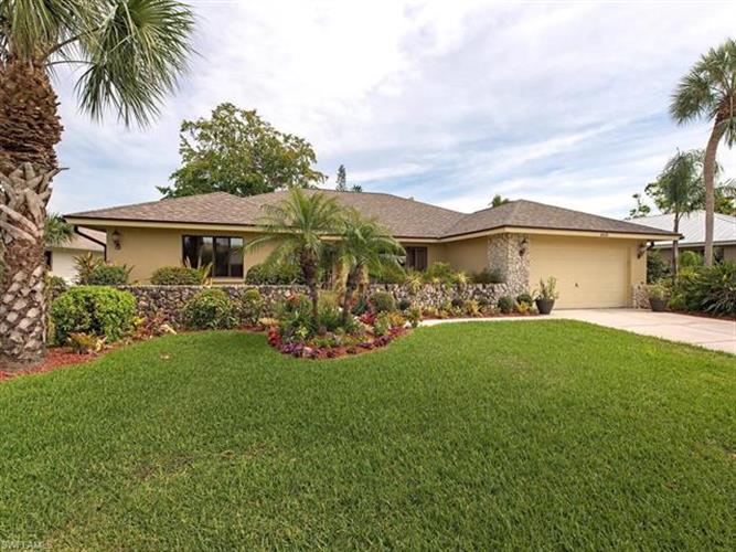 4418 Wilder RD, Naples, FL 34105