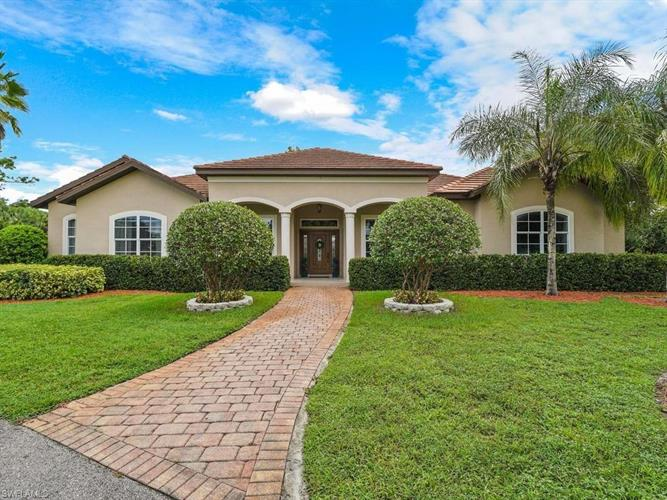 850 25th ST SW, Naples, FL 34117