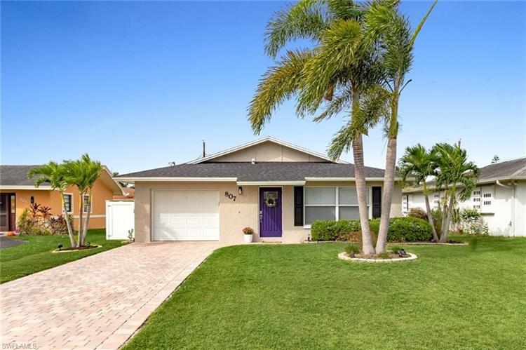 807 98th AVE N, Naples, FL 34108 - Image 1
