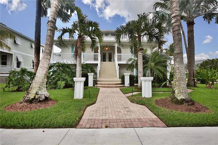 877 7th ST S, Naples, FL 34102 - Image 1