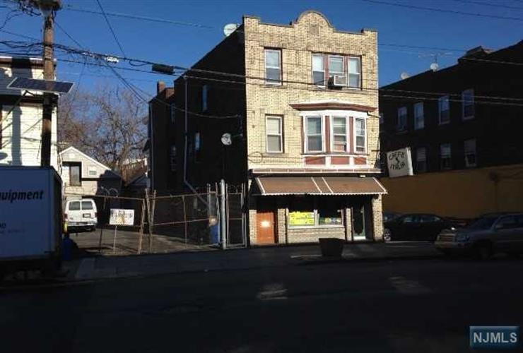 311-313 21st Avenue, Paterson, NJ 07501