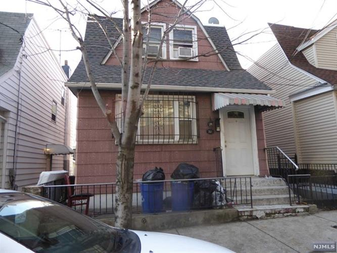 161 62nd St, West New York, NJ 07093
