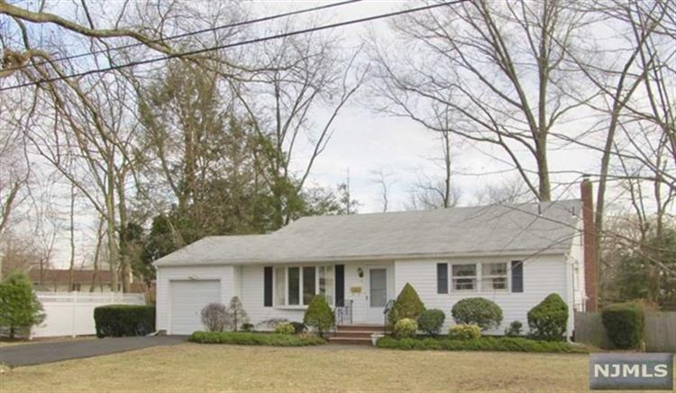 pequannock singles Search all pequannock single-family homes foreclosures available in nj find the best single-family homes deals on the market in pequannock and buy a property up to 50 percent below market value.