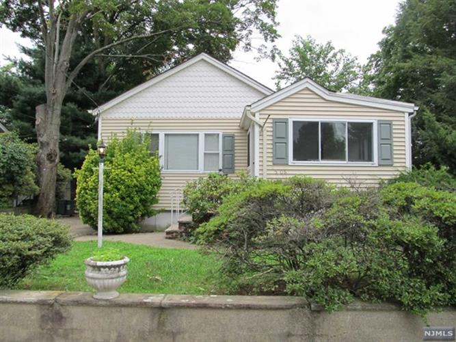 5-06 Elizabeth St, Fair Lawn, NJ 07410