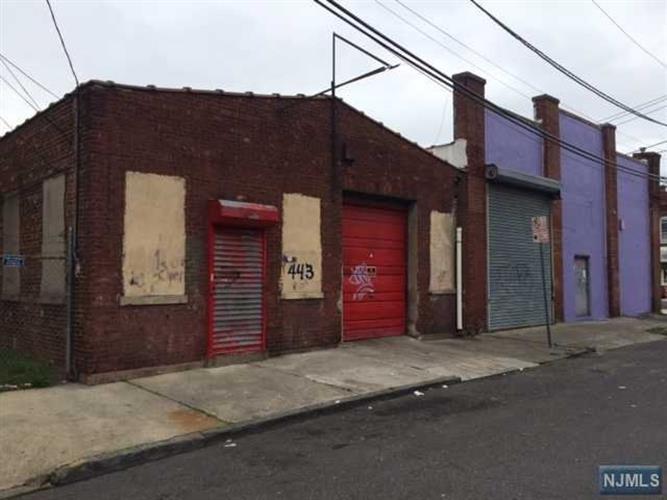 443 449 Hamilton Ave Paterson Nj 07514 For Sale Mls