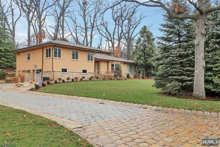 hispanic singles in essex fells 07021 real estate for sale by weichert realtors  single family home for sale  153 oval road essex fells, nj.