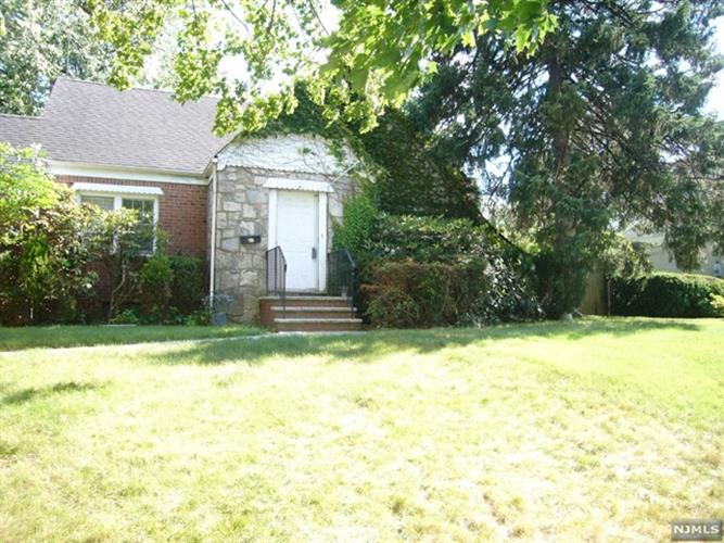 meet oradell singles Bid on the auction property at 647 park avenue in oradell borough new  all forms of payment must meet requirements set by the  single family square footage.