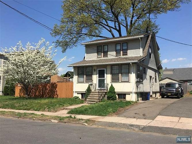 baths 2 0 taxes 8665 sq ft find similar listings in paterson nj