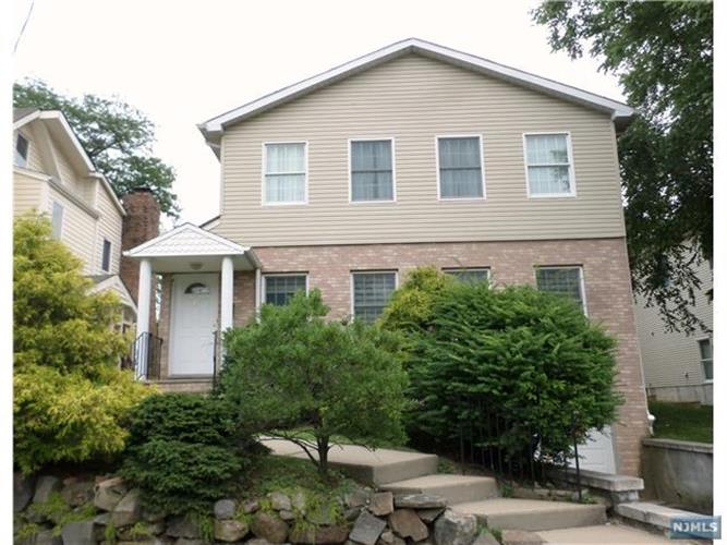 4 bedroom single family home for rent in englewood cliffs