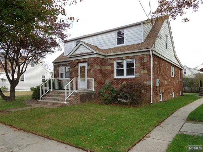 103 huron avenue clifton nj 07013 for sale mls 1745367 for Granite kitchen and bath clifton nj