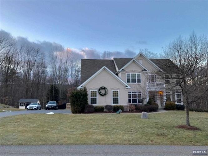 10 Eileen Drive, Wantage, NJ 07461 - Image 1