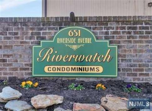 651 Riverside Avenue, Unit C46, Lyndhurst, NJ 07071