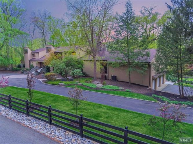 37 East Saddle River Road, Saddle River, NJ 07458