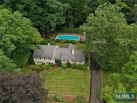 361 Pines Lake Drive, Wayne, NJ 07470