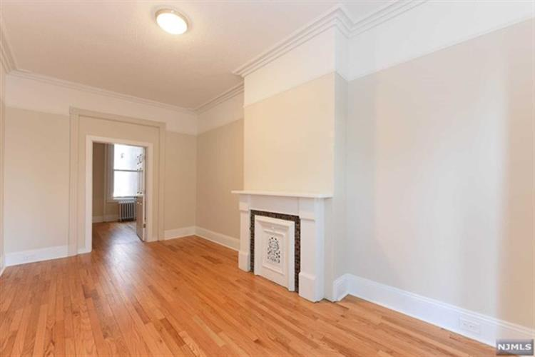 79 Astor Place, Unit #1, Jersey City, NJ 07304