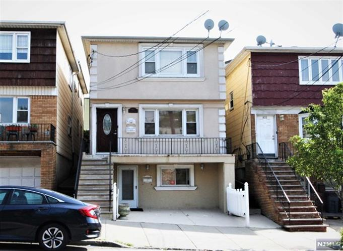 831 Secaucus Road, Jersey City, NJ 07307